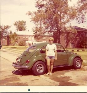 Sandy w 1970 VW Bug