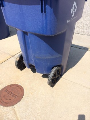 Trash cart